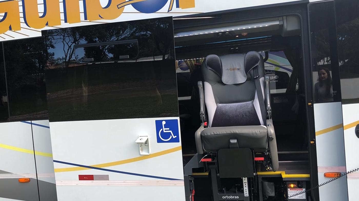 Ônibus equipados com recurso de acessibilidade